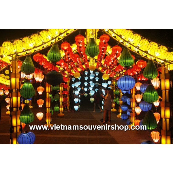 wooden lanterns  vietnamese hoian silk lanterns wedding